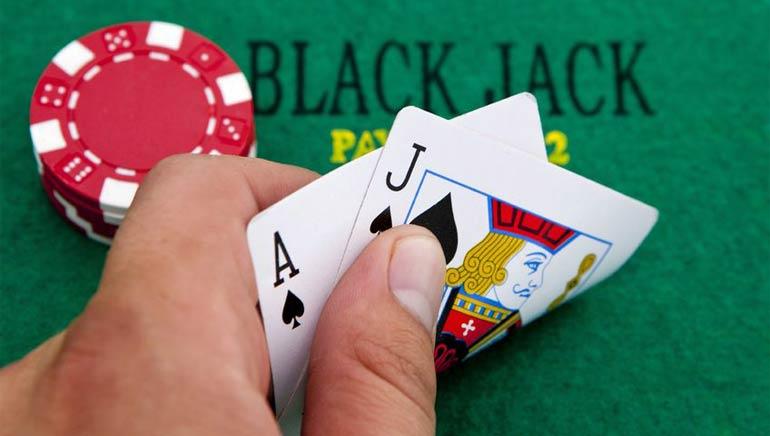 โบนัสพิเศษ Extra Big Blackjack ที่ 888 Casino